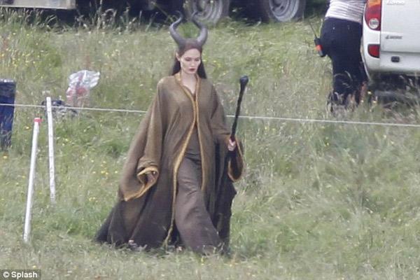 Pax Thiên đóng phim cùng Angelina Jolie - 3