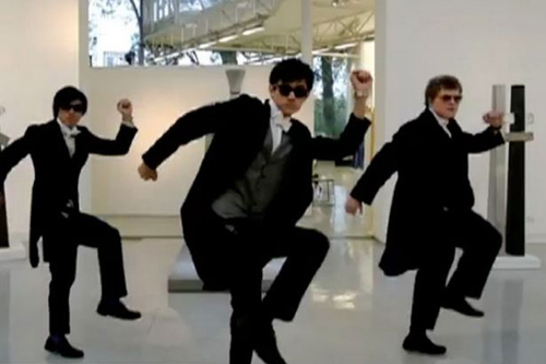 10 clip nhại Gangnam Style ăn khách nhất - 2