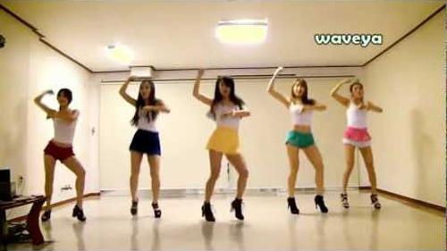 10 clip nhại Gangnam Style ăn khách nhất - 3