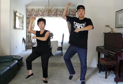 10 clip nhại Gangnam Style ăn khách nhất - 6