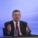 Công nghệ thông tin - Huawei chịu xuống nước với Úc