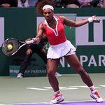 Pha điều bóng làm Serena Williams bó tay