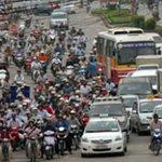 Tin tức trong ngày - Từ 1/1/2013, xe máy nộp phí sử dụng đường bộ
