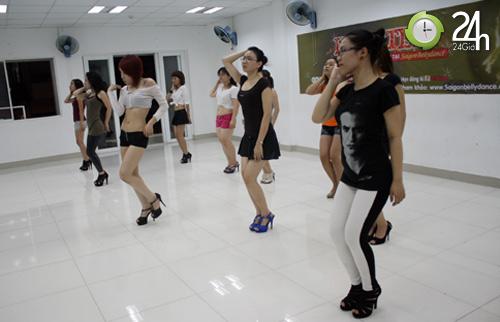 """Sexy dance """"hút hồn"""" giới trẻ Sài thành - 2"""