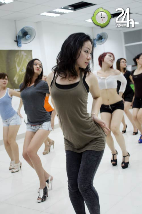 """Sexy dance """"hút hồn"""" giới trẻ Sài thành - 4"""