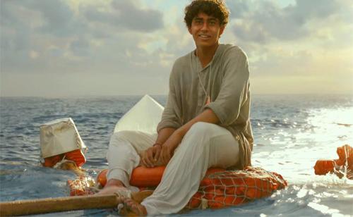 Phim cậu bé sống với hổ trên biển đến VN - 5