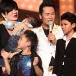 Ca nhạc - MTV - Bằng Kiều đưa vợ con lên sân khấu