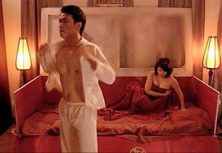 """3 cảnh """"yêu"""" đặc biệt của phim Việt - 3"""