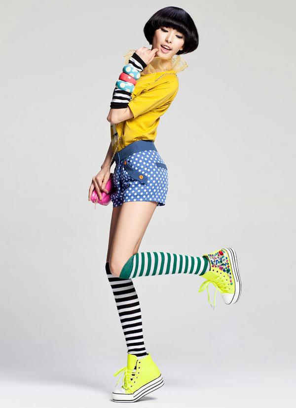 Đi giầy với tất theo xu hướng thời trang - 4