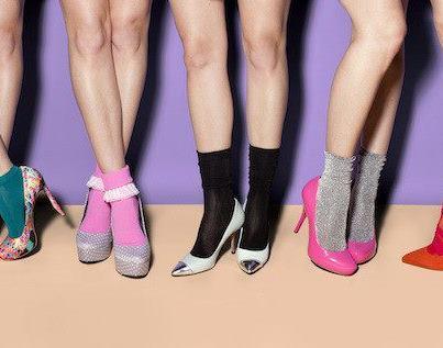 Đi giầy với tất theo xu hướng thời trang - 9