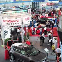 """Bài toán """"chính sách"""" nào cho thị trường ôtô Việt?"""