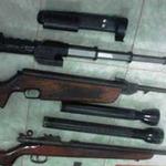 An ninh Xã hội - Luật sư mang theo 3 khẩu súng trên xe