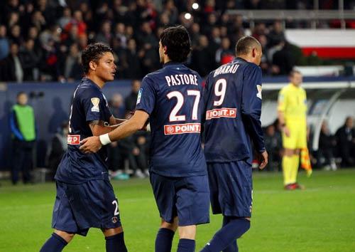 PSG - Marseille: Chiếc thẻ đỏ tai hại - 1