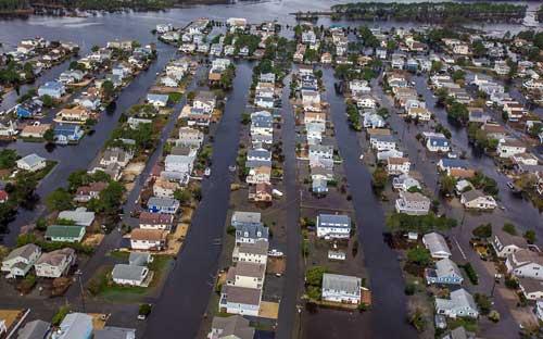 Mỹ: Cảnh hoang tàn sau siêu bão Sandy - 2