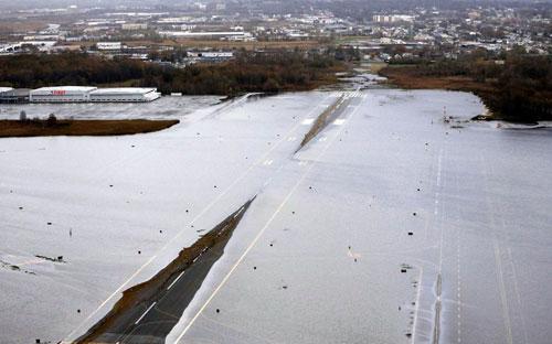 Mỹ: Cảnh hoang tàn sau siêu bão Sandy - 7
