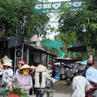 """Làng nói """"ngoại ngữ"""" ở Nghệ An"""