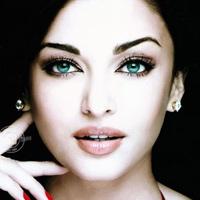 10 mỹ nhân có đôi mắt đẹp nhất thế giới