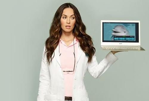 Megan Fox hút hồn trong quảng cáo Acer - 1