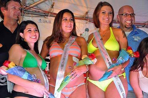 Thú vị cuộc thi bikini cho bà bầu - 8