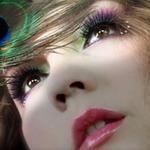 Làm đẹp - Gắn đá lên mắt để tăng độ quyến rũ