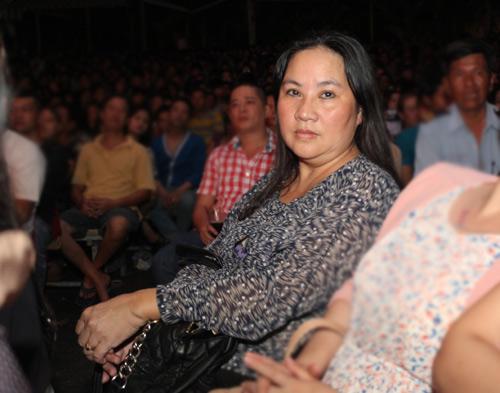 WanBi Tuấn Anh khóc trong vòng tay mẹ - 18