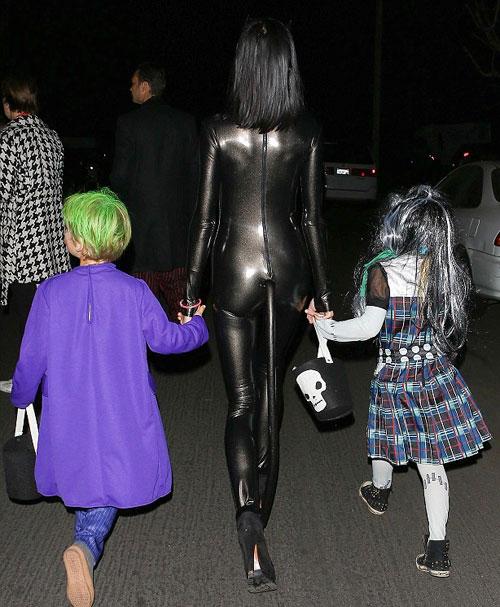Ngọc Bích đọ sexy với Kim Kardashian - 14
