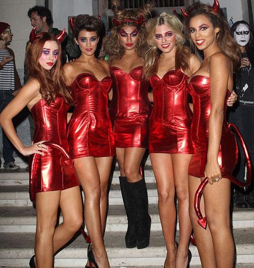 Ngọc Bích đọ sexy với Kim Kardashian - 17