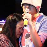 Ca nhạc - MTV - WanBi Tuấn Anh khóc trong vòng tay mẹ