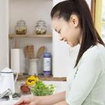 Sức khỏe đời sống - 6 thói quen nấu nướng khiến bạn bị bệnh