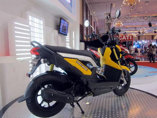 Honda Zoomer X phong cách mới - 3