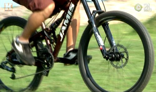 """Thú chơi xe đạp """"khủng"""" giá ngàn USD - 2"""
