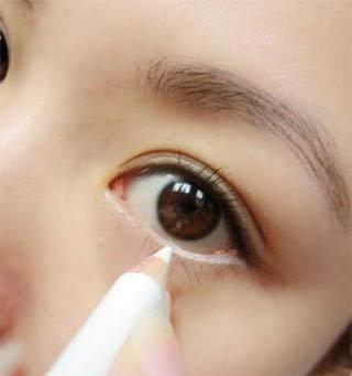 10 kỹ thuật make up cho đôi mắt một mí - 7