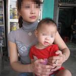 An ninh Xã hội - Đánh ghen nhầm: Cắt gân mẹ, xịt cay con