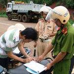 Tin tức trong ngày - HN: Phạt nặng xe không sang tên đổi chủ
