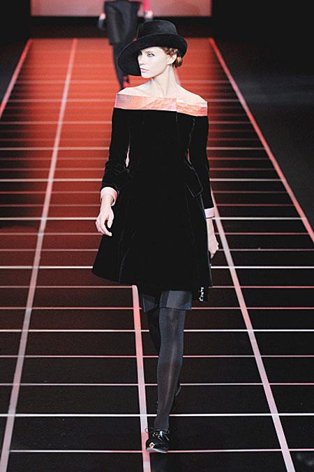 Thời trang nhung quyến rũ trên sàn diễn - 7