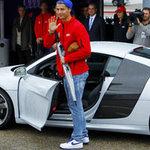 Ô tô - Xe máy - Ronaldo được tặng siêu xe Audi R8 5.2 FSI