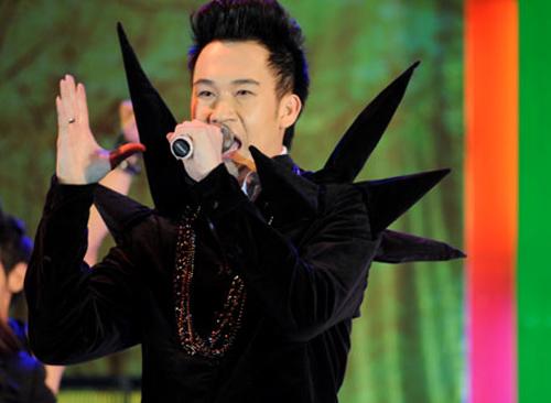 Dương Triệu Vũ lại ma quái trên sân khấu - 4