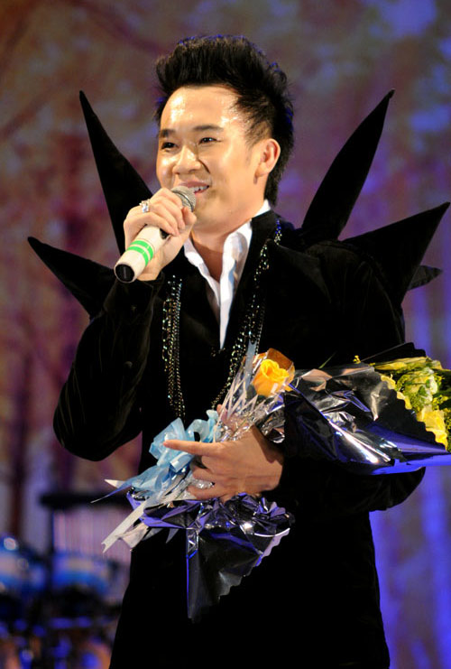 Dương Triệu Vũ lại ma quái trên sân khấu - 5