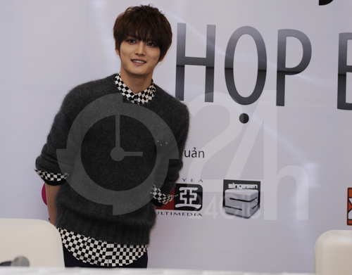 Jae Joong: Tôi còn quá nhỏ để yêu - 6
