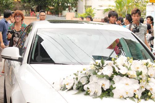 Hình ảnh đầu tiên đám cưới Hà Tăng - 14