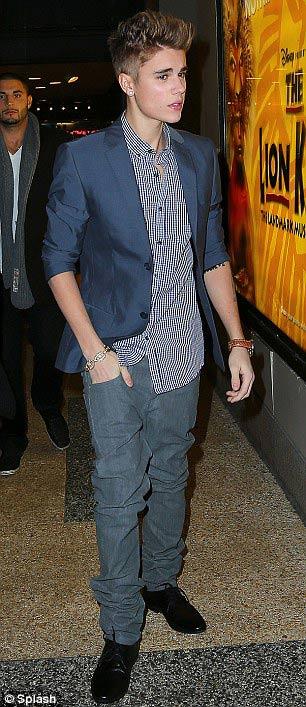 Justin Bieber và Selena Gomez chia tay - 3