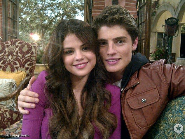 Justin Bieber và Selena Gomez chia tay - 2
