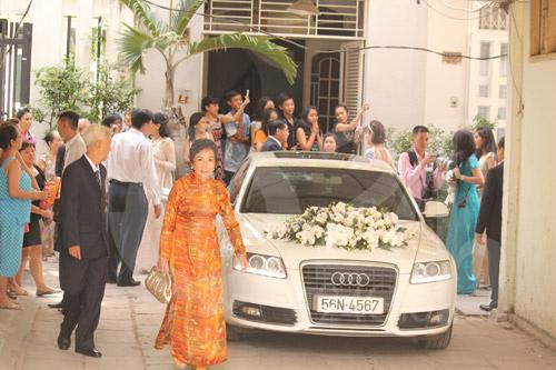 Toàn cảnh lễ rước cô dâu Hà Tăng - 16