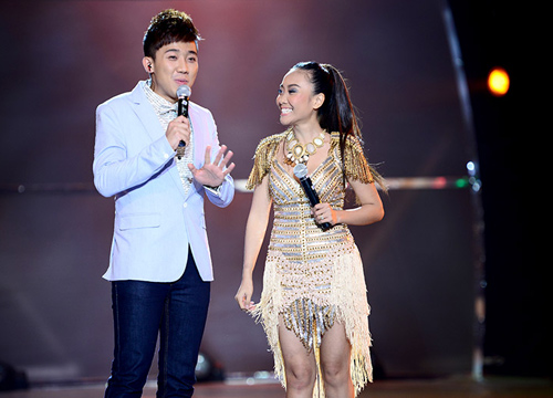 Đoan Trang mạo hiểm trên sân khấu - 13