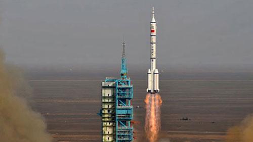 TQ phóng tàu vũ trụ có người lái vào 6/2013 - 1