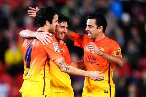 Barca: Mừng đấy, lo đấy - 1
