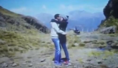 Lộ clip Hà Tăng được Louis cầu hôn - 1