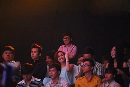 Phương Uyên nắm tay Bảo Trang rời The Voice - 5