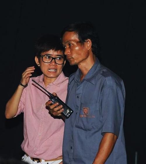 Phương Uyên nắm tay Bảo Trang rời The Voice - 8
