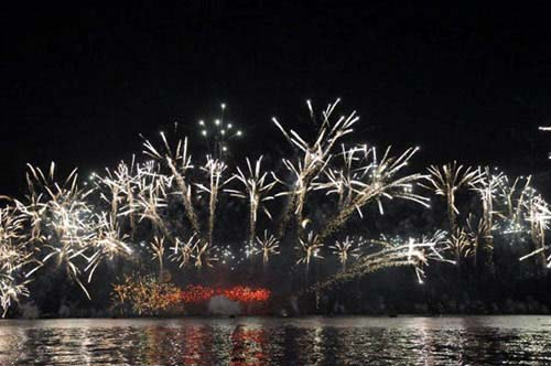 Chiêm ngưỡng màn pháo hoa lớn nhất thế giới - 2